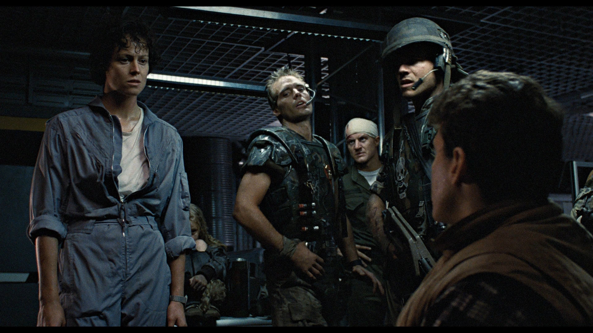 Ripley and men in Aliens